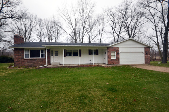 Image of 11511 W 9 Mile Rd Plainwell home for sale