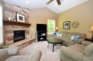 Image of great room at 43835 Woodland Ave in Mattawan