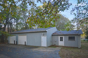 Pole Barn at 6736 W D Ave - Home for sale